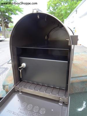 Whitehall Capital Mailbox Locking Mailbox Insert