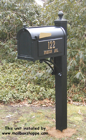 Whitehall Mailbox on Deluxe Post