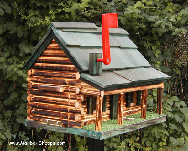 Log Ranch With Porch Mailbox